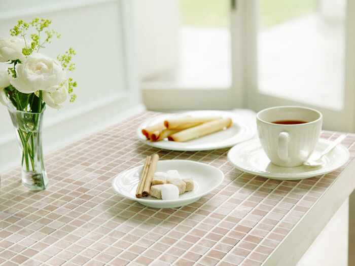living-refresh-your-home-using-small-amount-of-tiles-6
