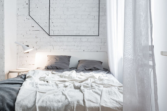 living-how-to-maximize-sunlight-in-small-apartment-b2