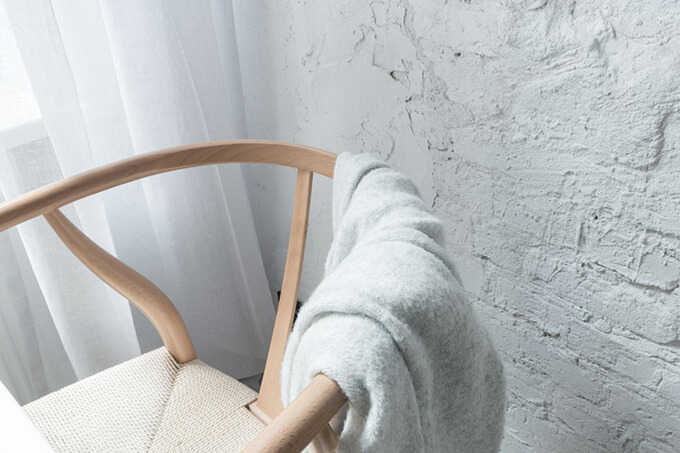living-how-to-maximize-sunlight-in-small-apartment-c2