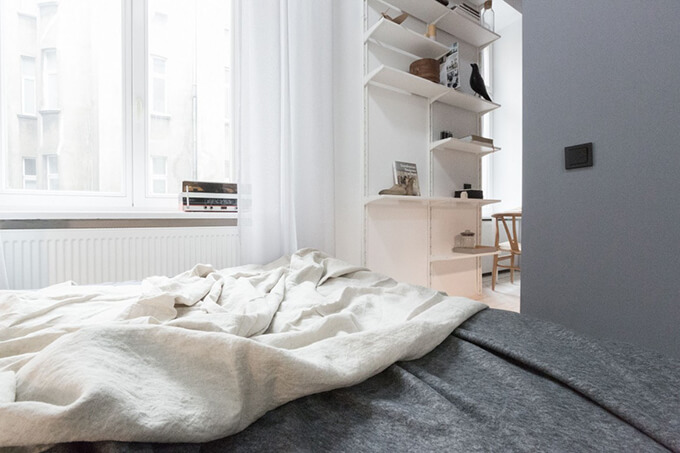 living-how-to-maximize-sunlight-in-small-apartment-d3