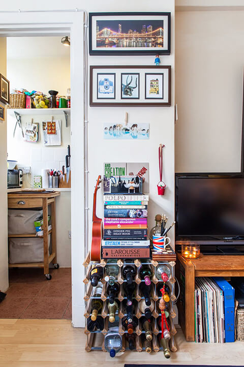 a-tiny-270-square-foot-shared-london-studio-4
