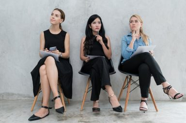 career-these-6-candidate-questions-in-interviews-help-you-stand-out-cover