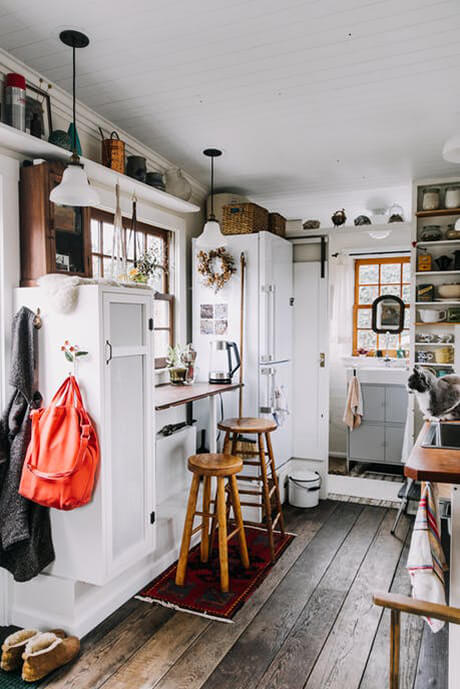 living-custom-160-square-foot-tiny-house-17