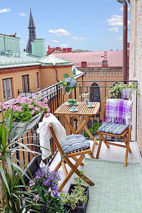 living-five-ways-to-transform-your-balcony-4