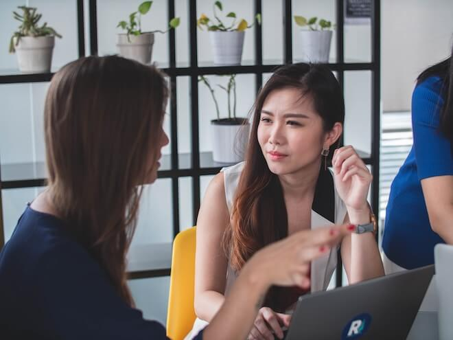 career-discussion-about-product-marketing-strategy-1